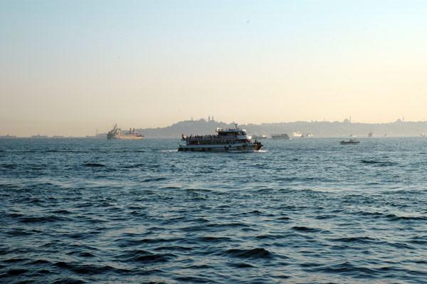 istanbul_ferries.jpg